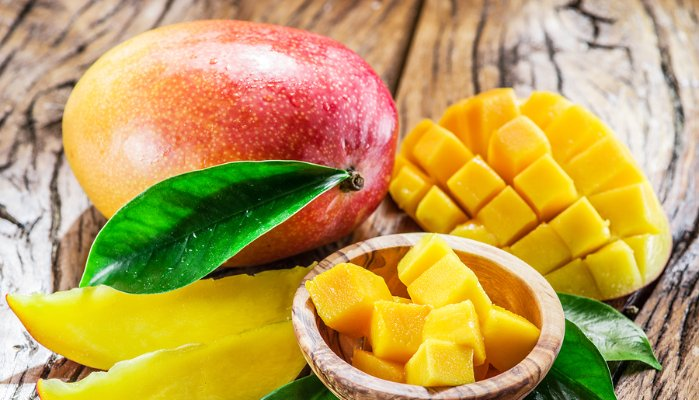 12 Reasons Why You Should Eat a Mango Every Day